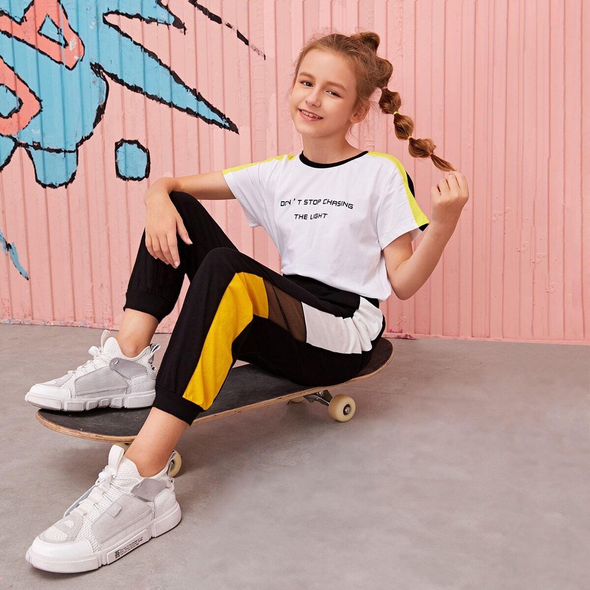 Контрастные брюки с сетчатой вставкой для девочек