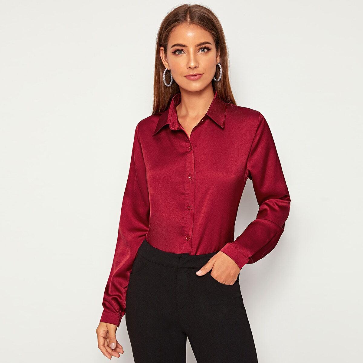Однотонная атласная блуза с пуговицами