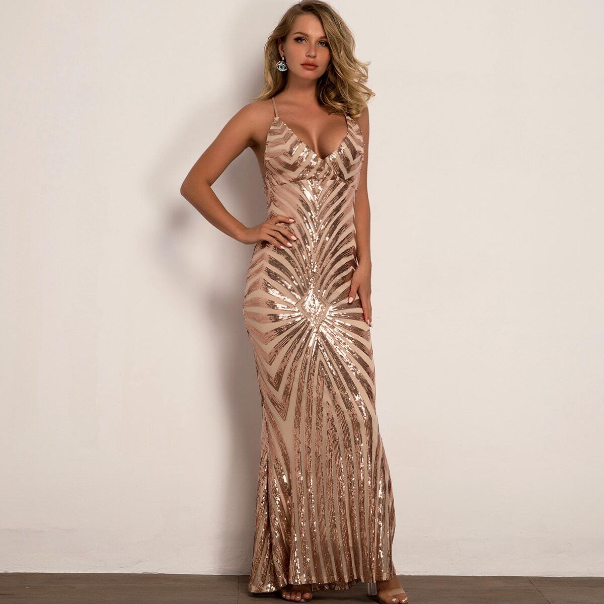 платье-русалка с открытой спинкой и блестками