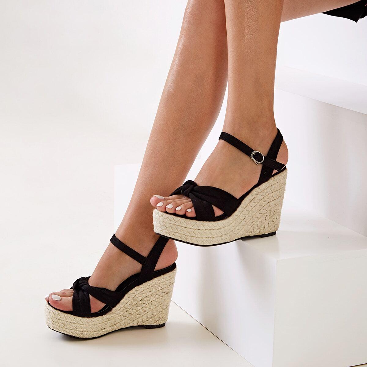 Туфли с конопляной платформе с открытым носком