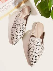 Point Toe Hollow Out Flat Mules