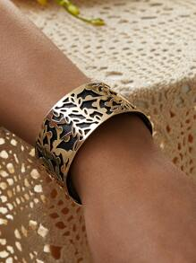 Hollow Out Flower Engraved Wide Bracelet 1pc