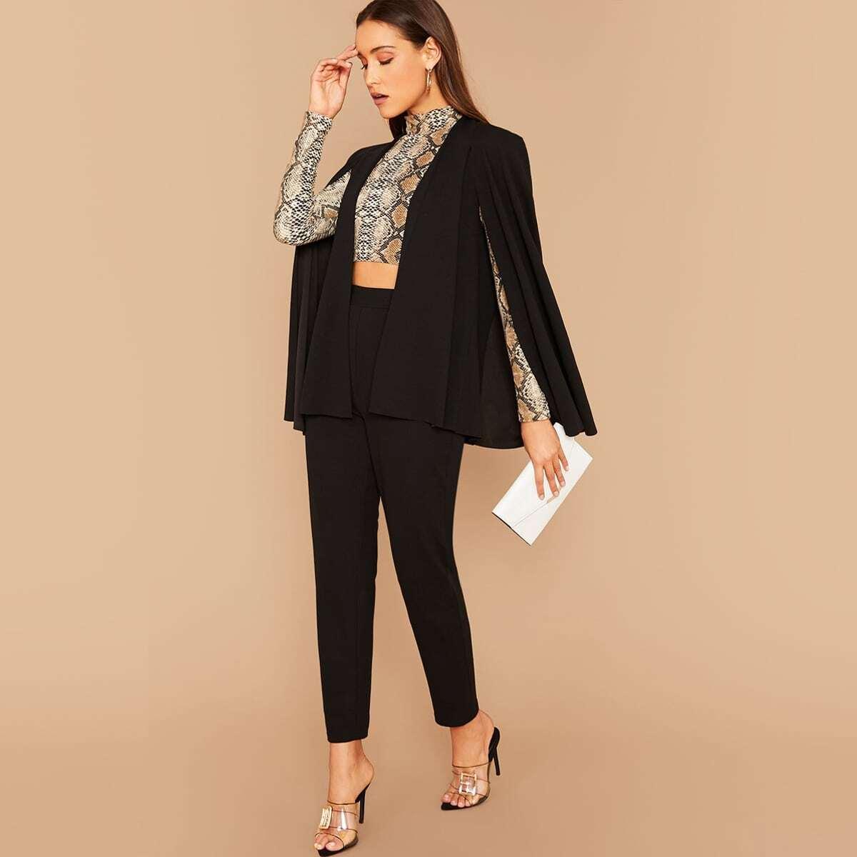 Однотонный пиджак и брюки с разрезом
