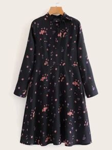 Ditsy Floral Tie Neck Chiffon Dress