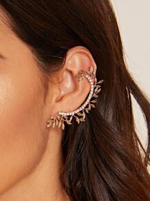 Rhinestone Engraved Leaf Design Ear Cuff 1pc