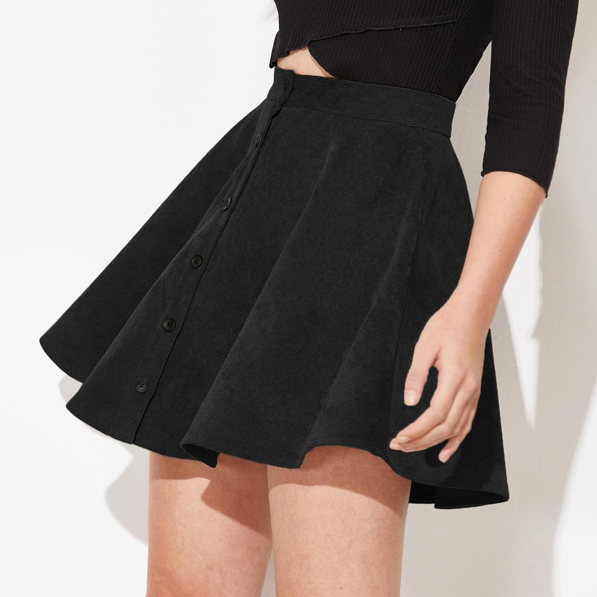 Расклешенная вельветовая юбка на пуговицах