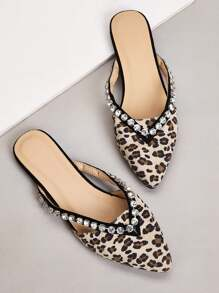 Leopard Graphic Point Toe Flat Mules