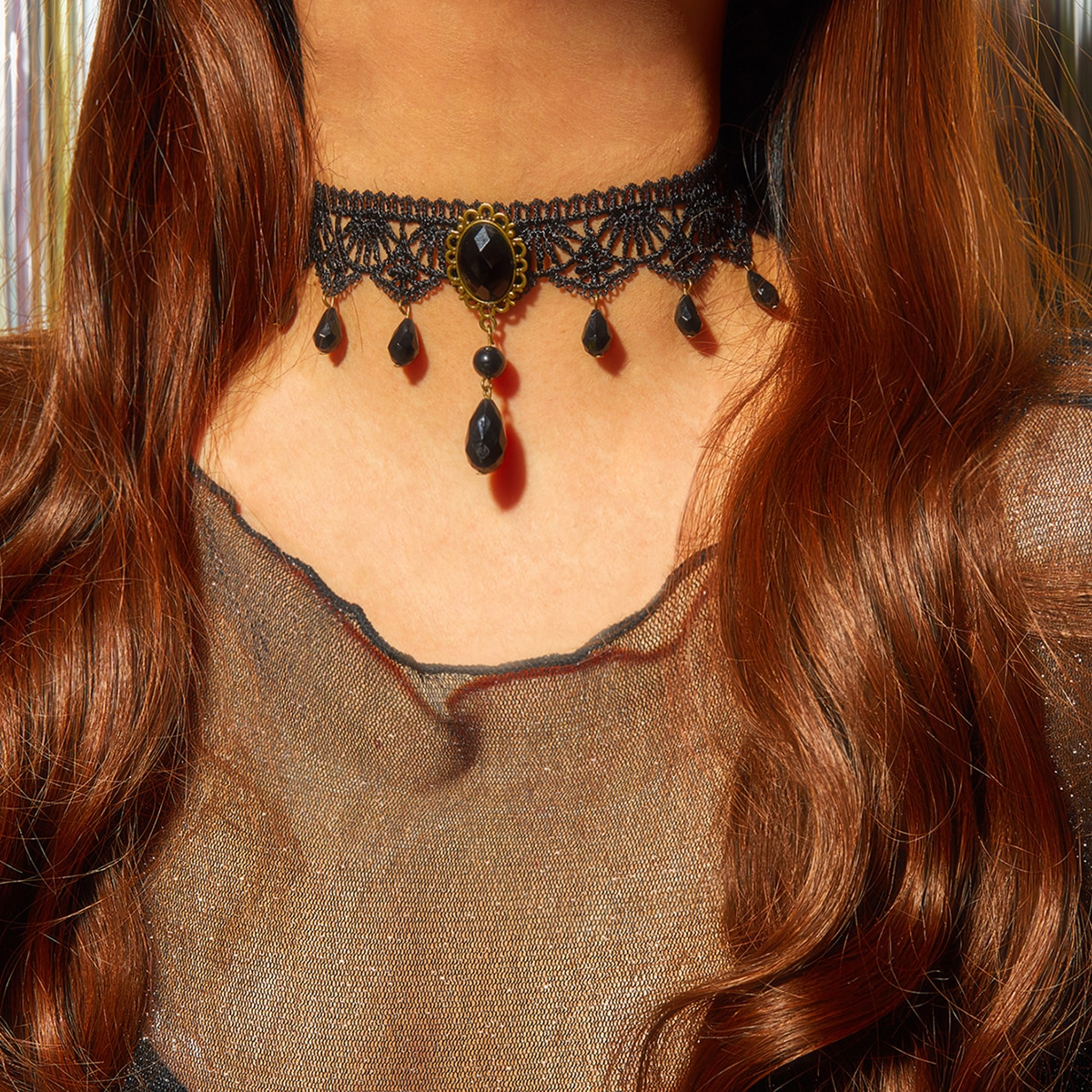 Плетеное ожерелье со стразами 1шт