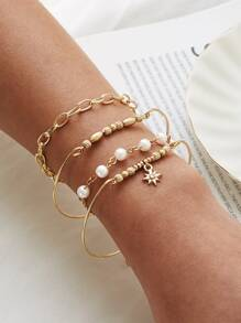 4pcs Faux Pearl & Star Decor Bracelet