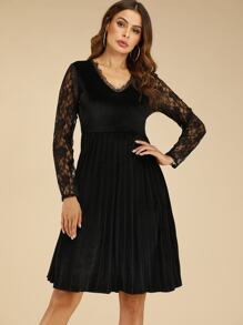 Contrast Lace Sleeve Pleated Hem Velvet Dress