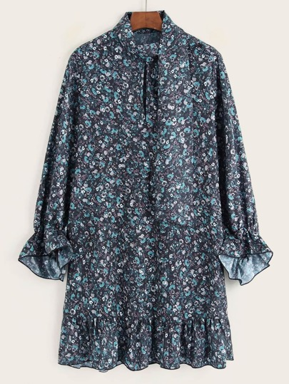 Ditsy Floral Flounce Sleeve Smock Dress