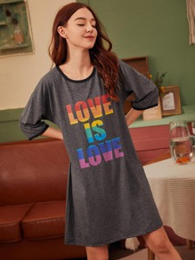 Multi-color Letter Graphic Night Dress