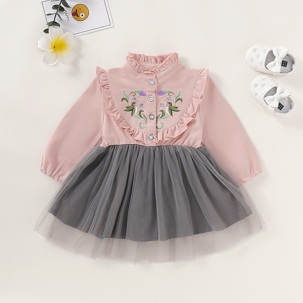 Платье с оборками и вышивкой для девочек от SHEIN