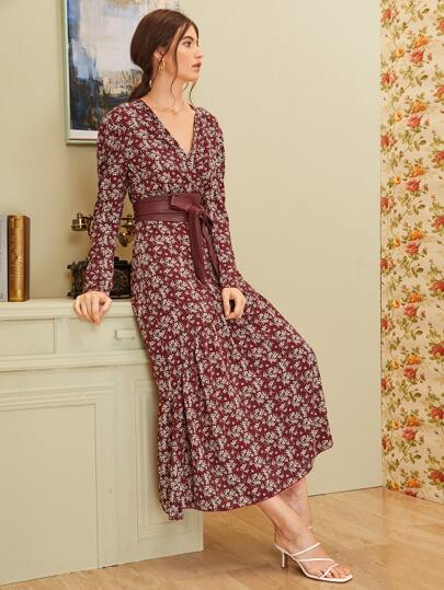 Ditsy Floral Self Tie V-neck Dress