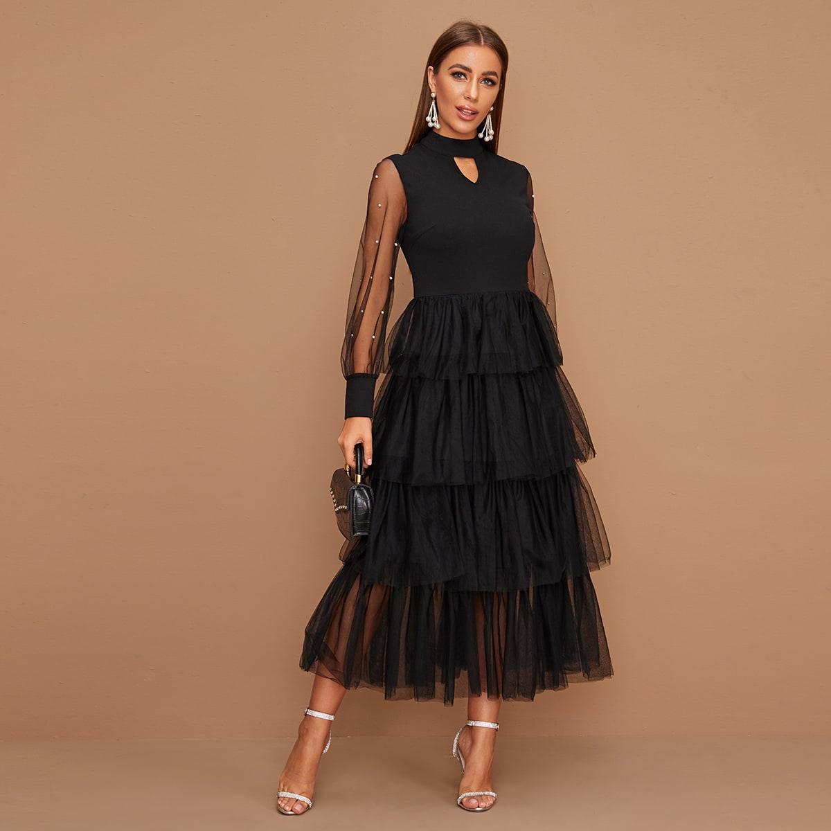 Платье с сетчатым краем, прозраными рукавами и жемчугами