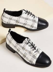 Tweed Cap Toe Lace Up Flats