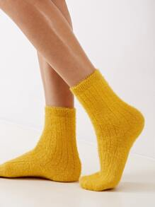 1pair Simple Solid Fluffy Socks