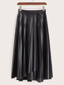 Solid Buckle Detail Pleated Skirt