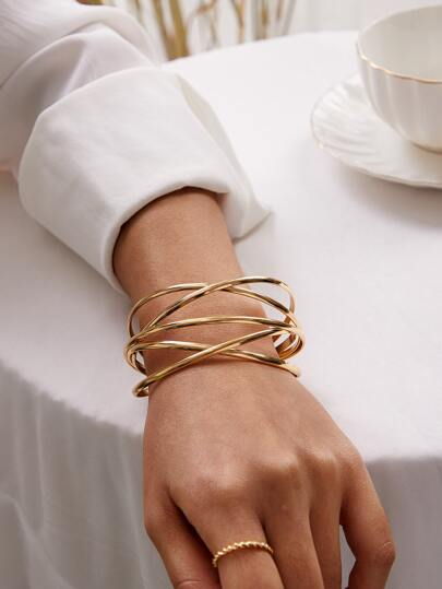 1pc Line Winding Shaped Cuff Bracelet