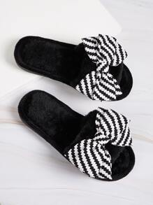 Two Tone Bow Decor Fuzzy Slippers