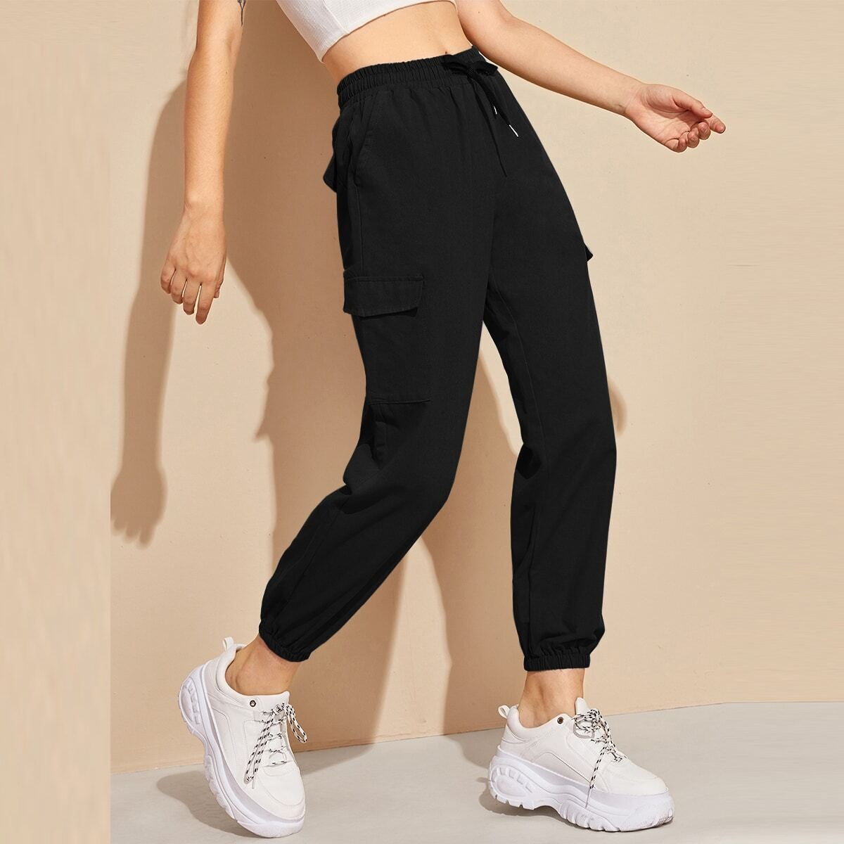 Спортивные брюки на кулиске с карманом