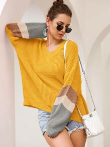 Contrast Panel V Neck Ribbed Knit Sweater