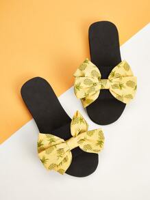 Pineapple Print Bow Decor Sliders