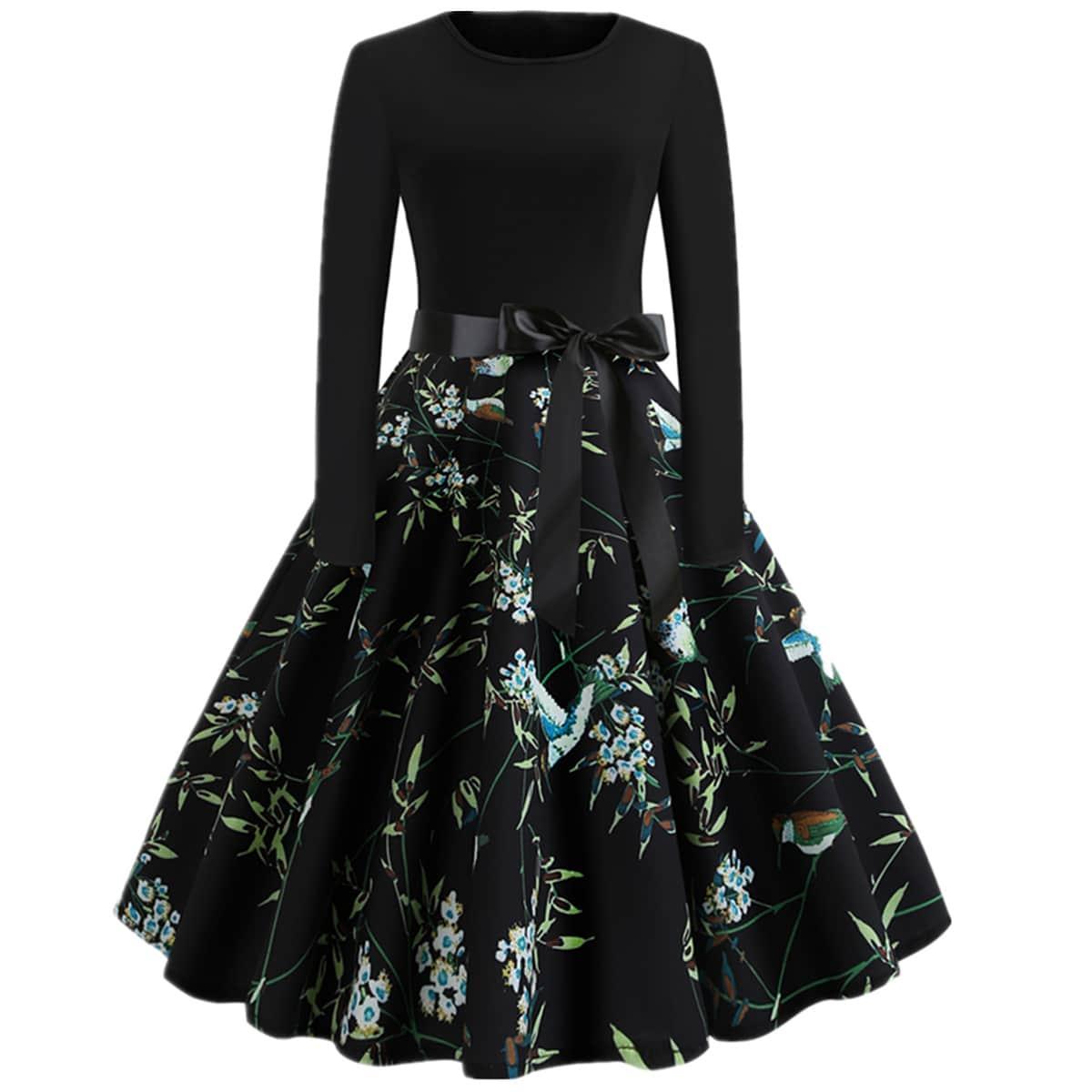 Расклешенное платье размера плюс с цветочным принтом и бантом