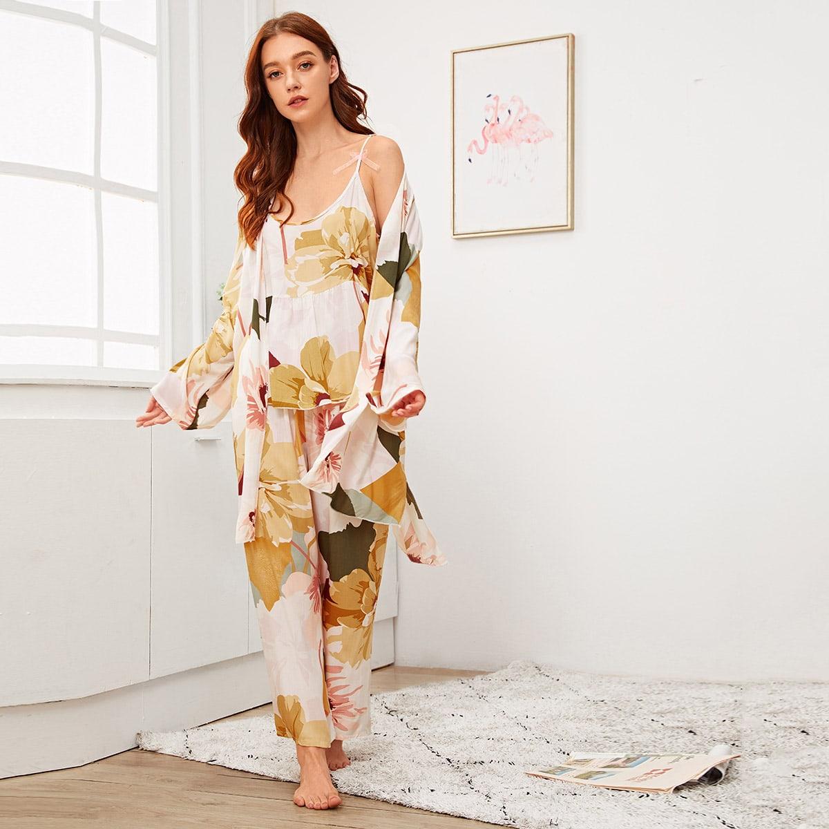 Cami Schlafanzug Set mit Blumen Muster und Robe 3 Stücke