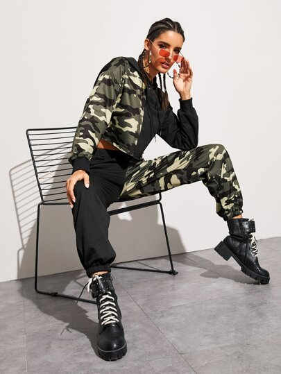 Camo Spliced Drawstring Hoodie With Sweatpants