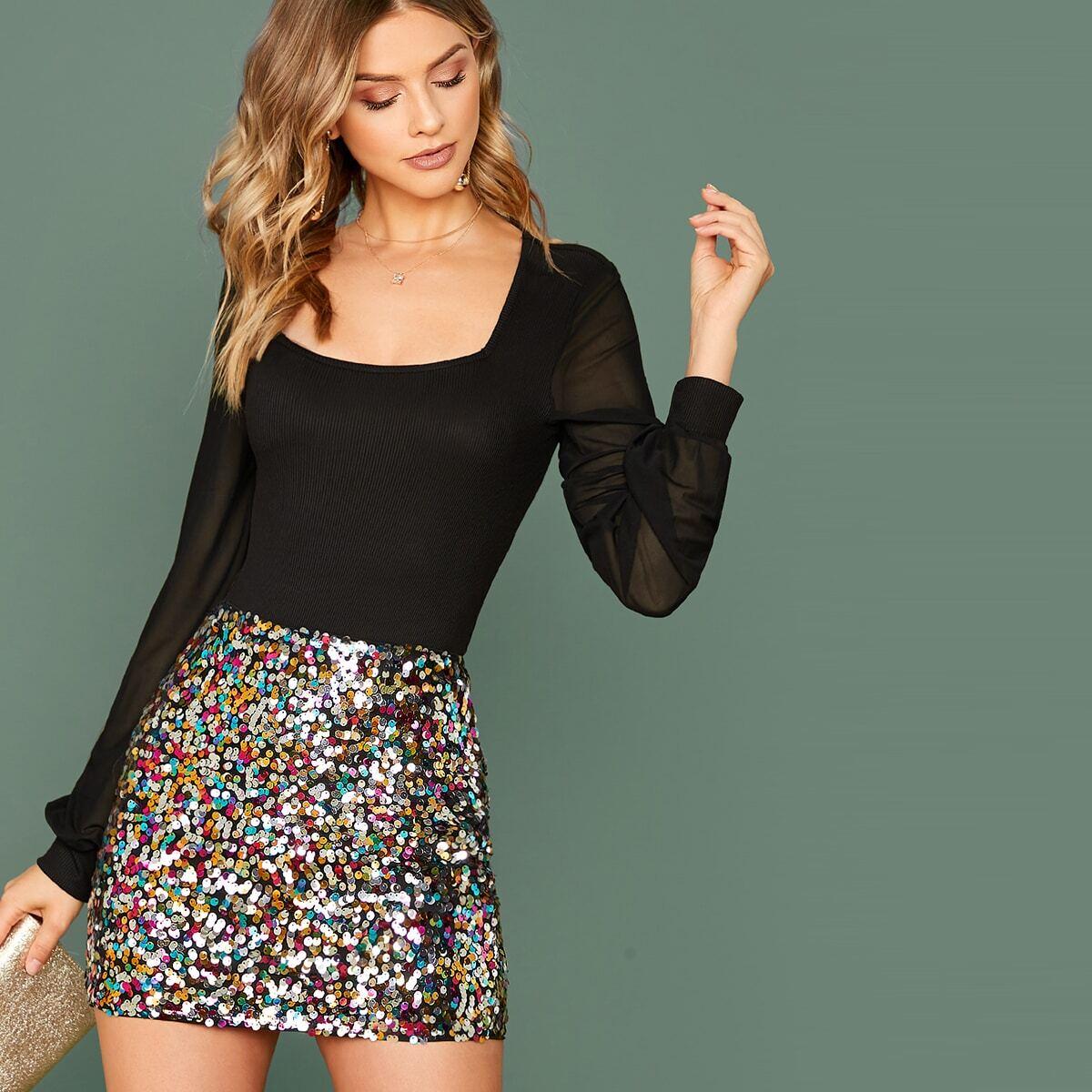 Красочная блестящая юбка