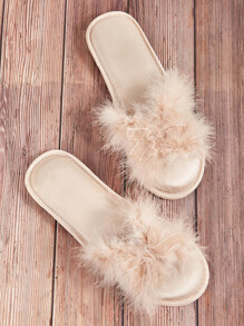 Faux Fur & Bow Decor Slippers