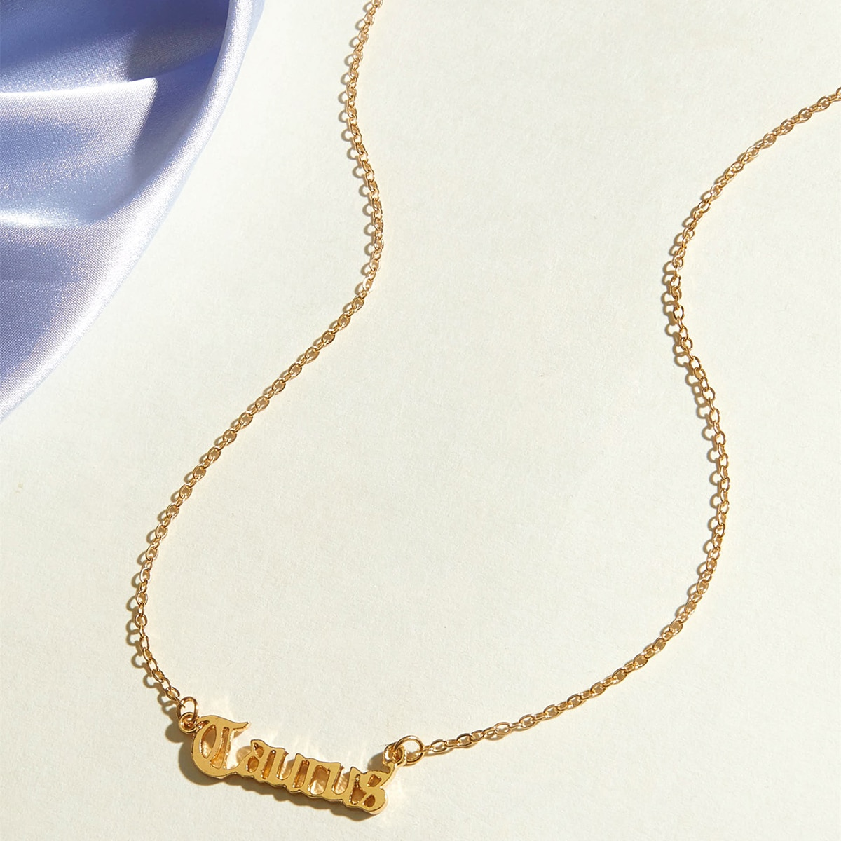 1pc Taurus Charm Halskette
