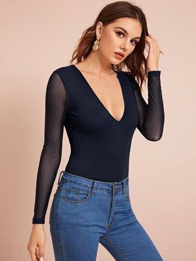 Plunging Neck Mesh Sleeve Fitted Tee