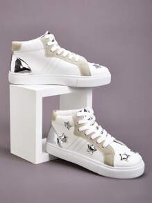 Metallic Star Patch Decor High Top Sneakers