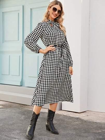 Houndstooth Print Tie Neck Dress Without Belt