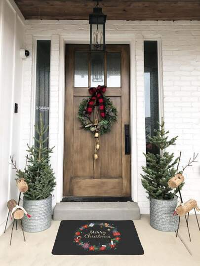 Christmas Wreath Print Floor Mat