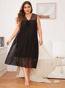 Plus Contrast Lace Mesh Night Dress