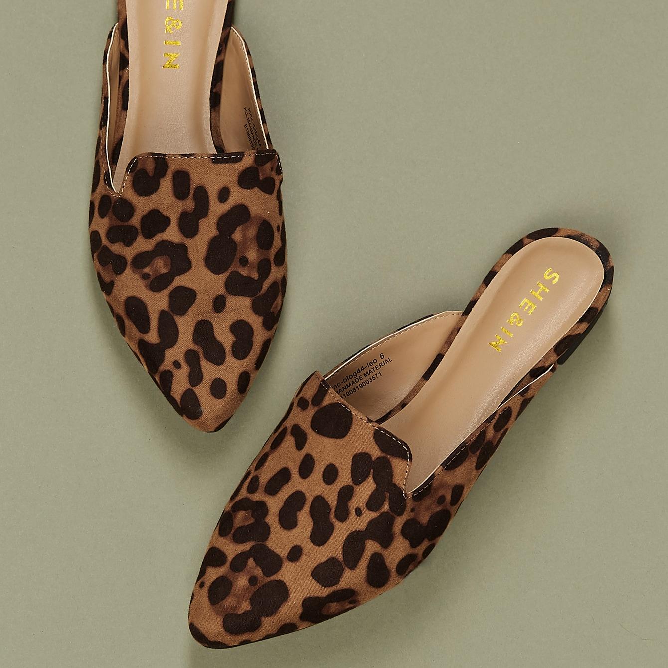 Мюли с леопардовым узором и острым носком