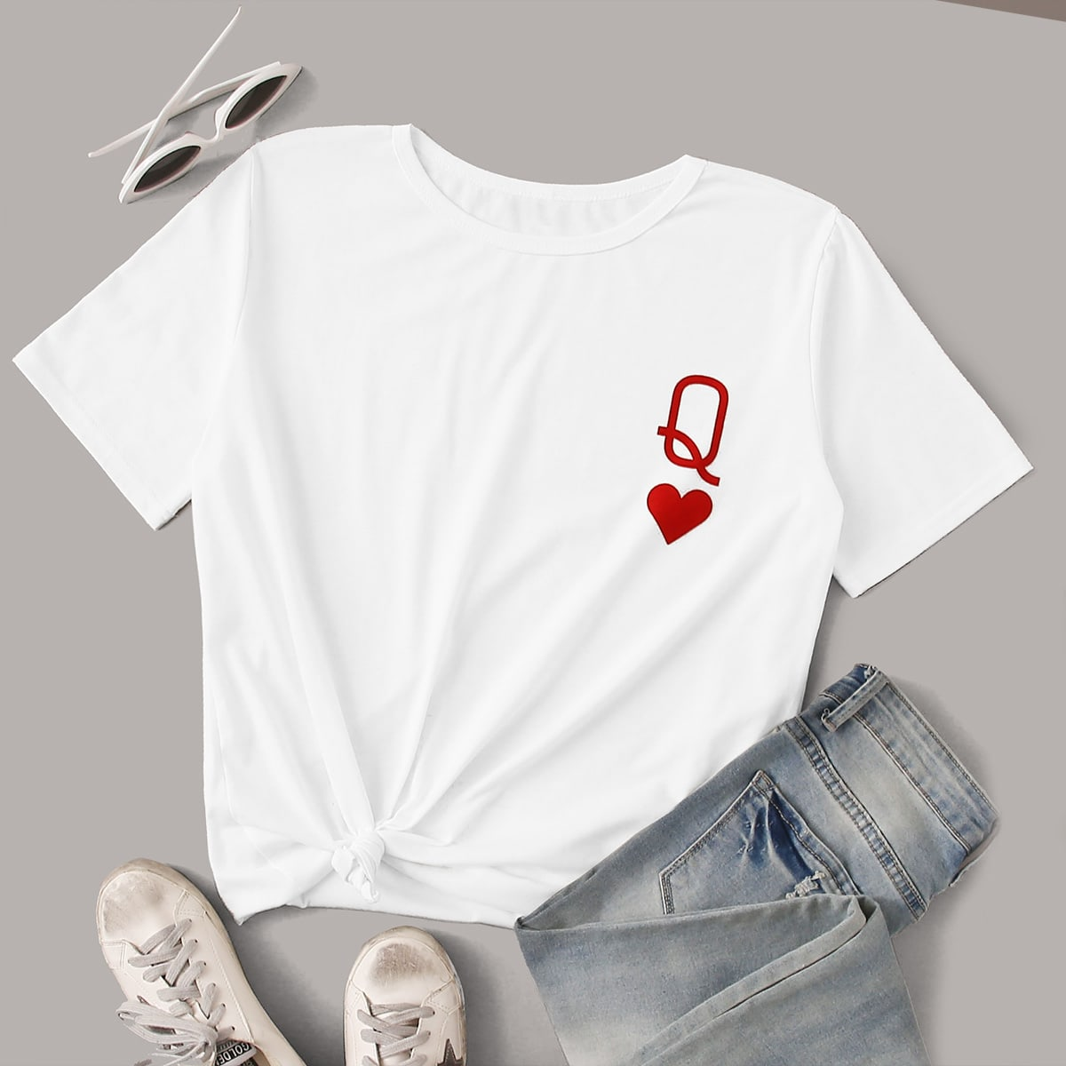 Katy Perry's Picks Queen of Hearts Symbol Graphic Tee