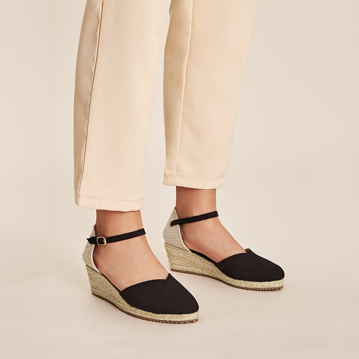 Туфли на конопляной платформе с рмешком
