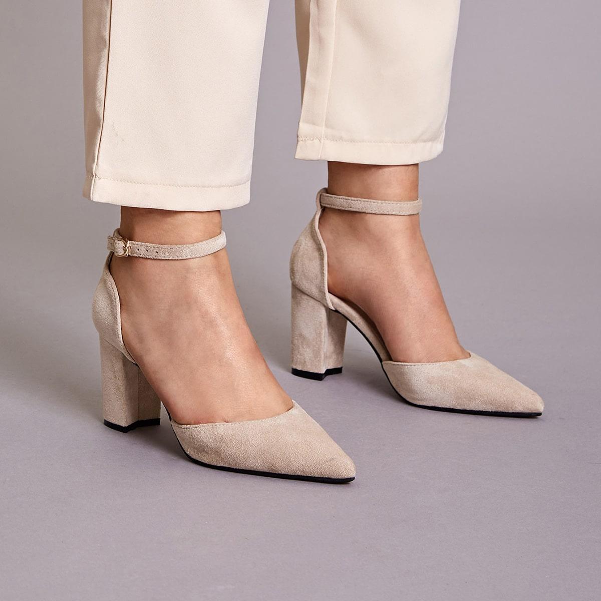 Остроконечные замшевые туфли с массивным каблуком от SHEIN