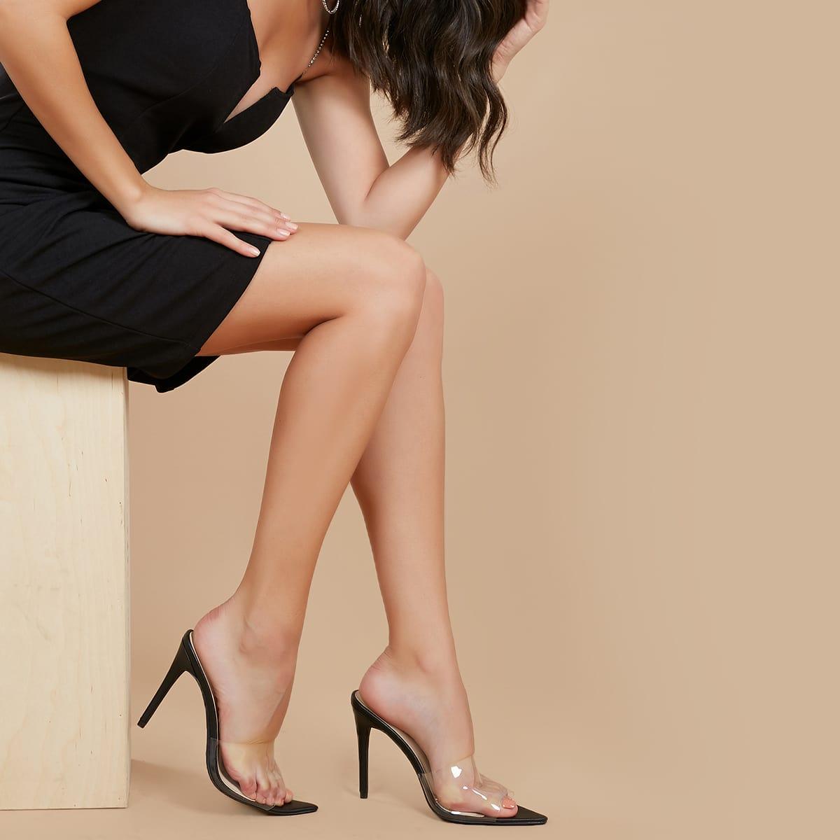 Остроконечные прозрачные туфли на шпильках