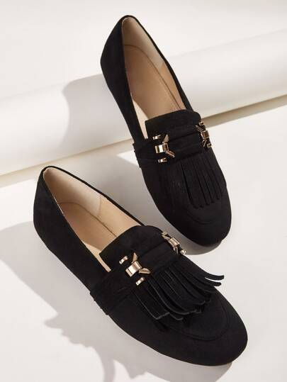 Fringe Decor Flat Loafers