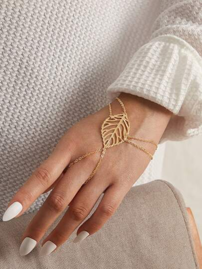 1pc Hollow Leaf Decor Finger Chain Bracelet