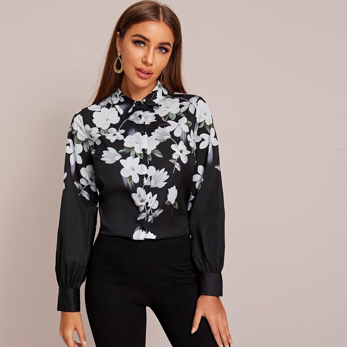 Цветочная блуза с пуговицами