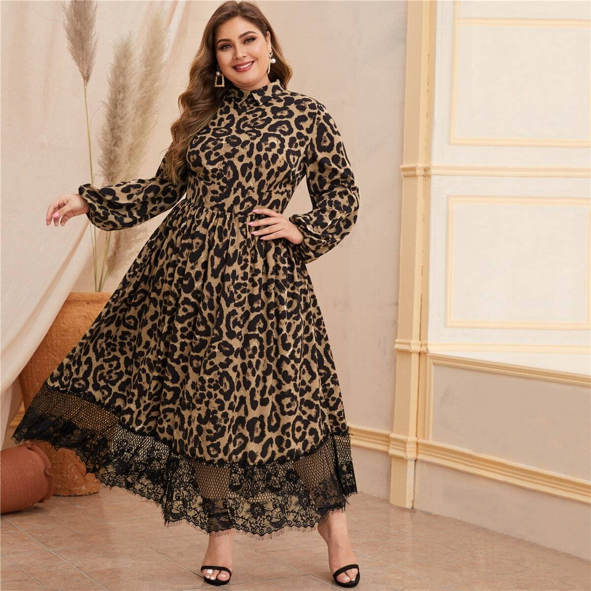 Платье размера плюс с леопардовым принтом, кружевным краем и рукавом фонарик на молнии