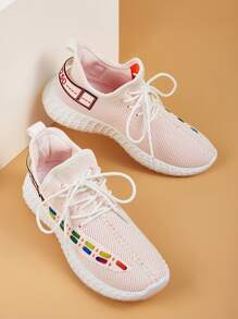 Letter Patch Decor Lace-up Front Sneakers
