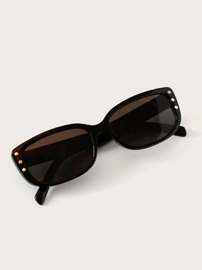 Rivet Frame Sunglasses With Case