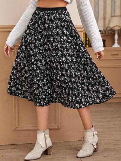Ditsy Floral Print Pleated Skirt